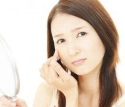 開き毛穴は潤いプラスとリフトアップで解決!毛穴タイプを見極めたニキビのお手入れで、肌の見た目を改善