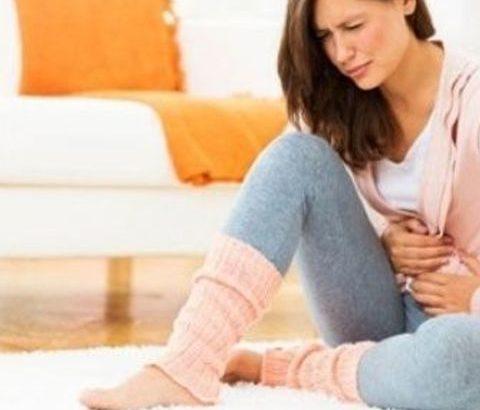 生理痛と胃痛が同時にきてしまう。2つの症状の関係性を説明