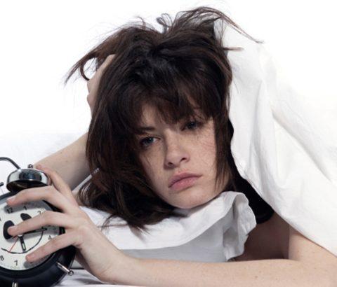 睡眠不足はバストアップの妨げに?よい眠りが胸にもたらす結果とは