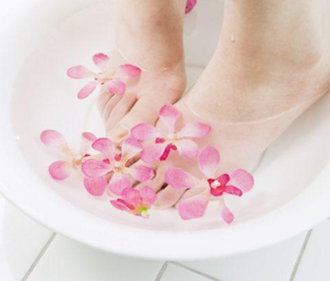 生理の辛さをより効果的に改善!足湯などで体を温めるときの裏ワザ♪