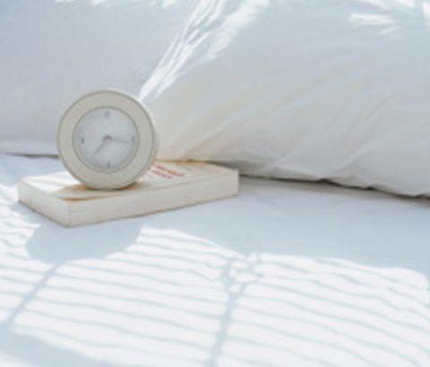 ニキビ予防=ベッド周りの清潔感!?実はシーツを変えればニキビが消えるかも?