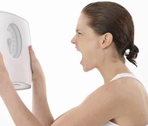 ダイエットしてるのに体重が減らない!そんな悩みを解決する方法