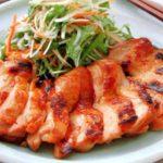 鶏肉を食べてバストアップ!食べ物ならたんぱく質で効果を出す方法とは
