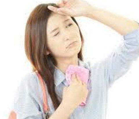 皮脂腺と分泌腺の関係を知る!春から夏へ、ワキガ・多汗症の原因と対策