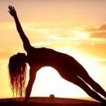 ヴィンヤサヨガで痩せる…どのヨガがダイエットに有効か検証!